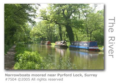 NARROWBOATS PYRFORD LOCK
